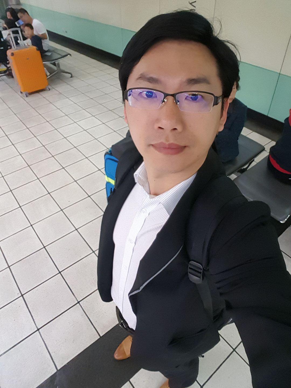 備考教練陳建霖